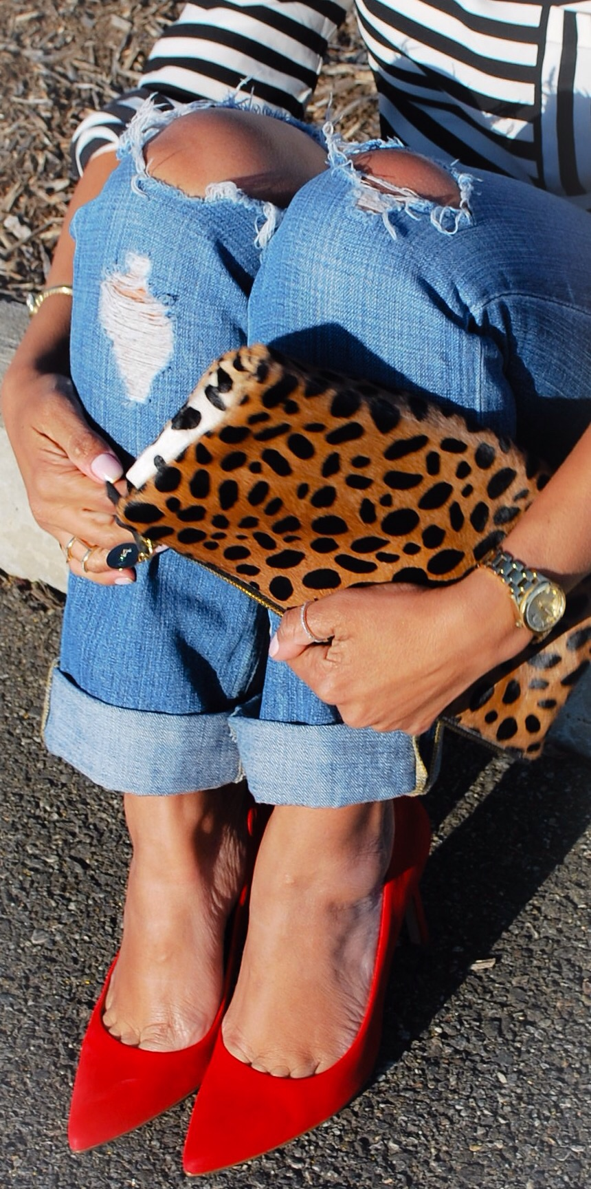 This Season's Gold // Leopard print clutch and red pumps