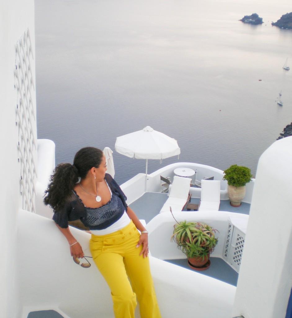 Dressing colorfully in Santorini