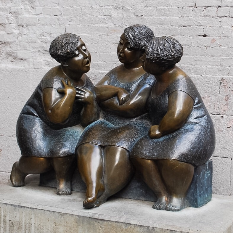 3 Fat Ladies, Old Montreal