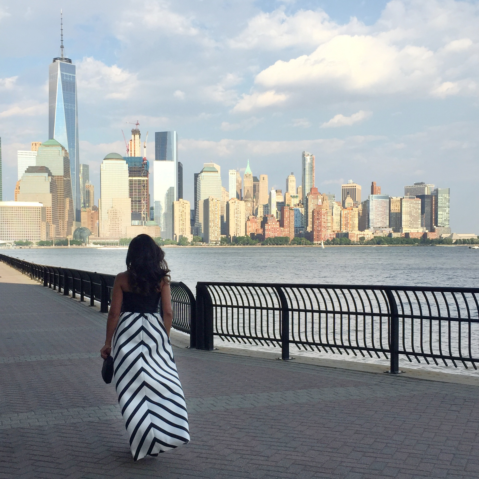 Moments // City view in Stripes and Pockets