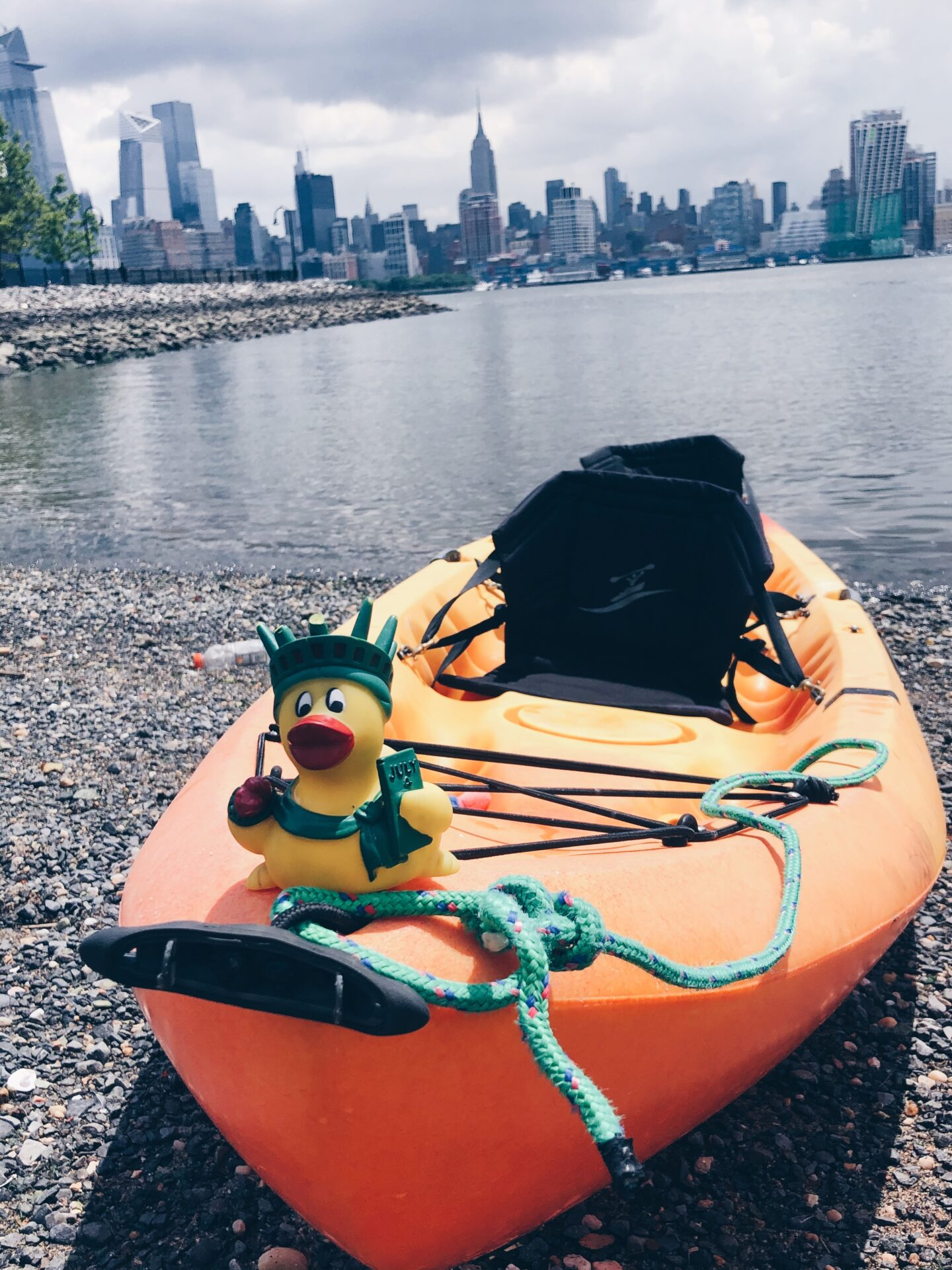 kayak with new york city view