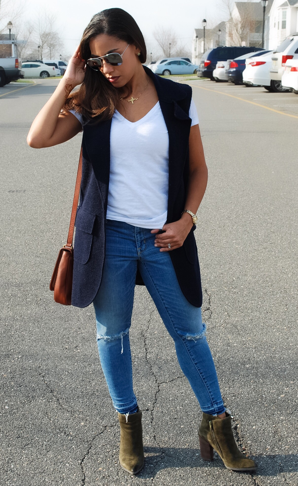 T-Shirt and Jeans Street Style