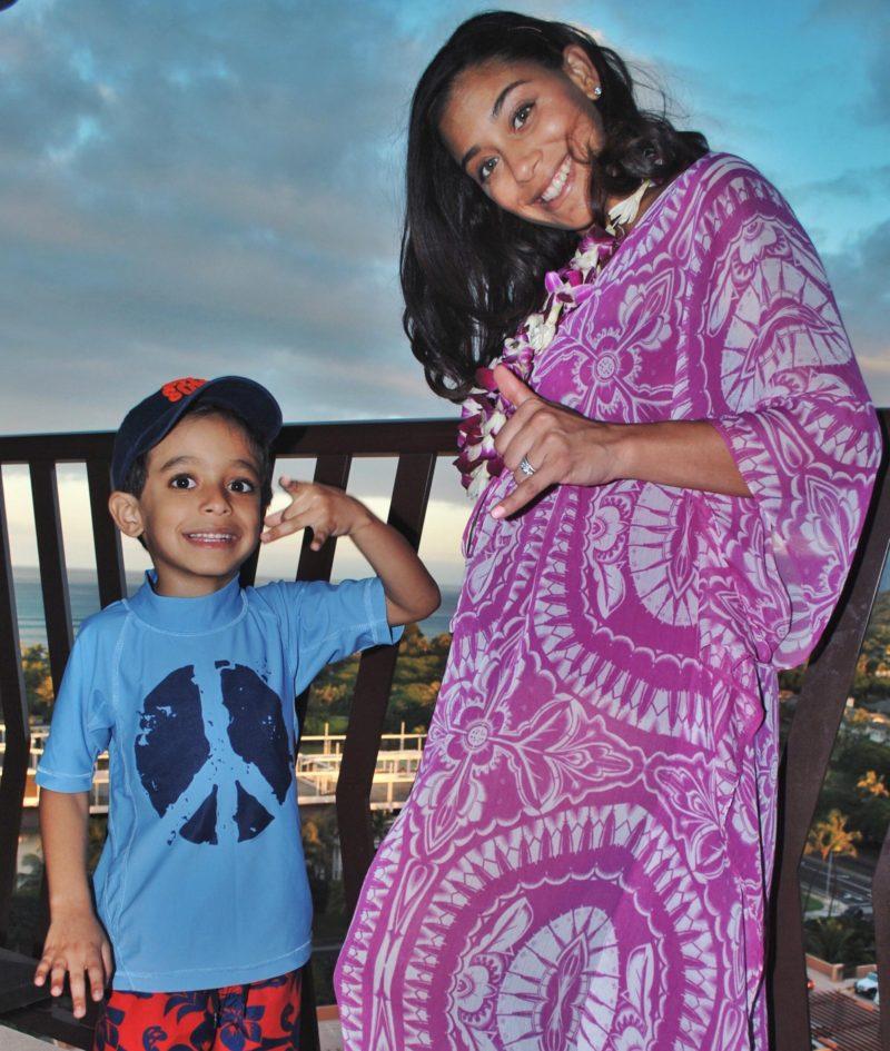 This Season's Gold // Motherhood in Hawaii