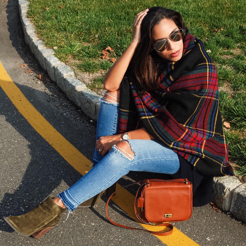 Oversized scarf style
